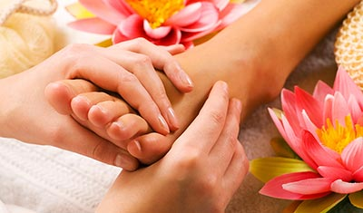 thai hand and foot massage course
